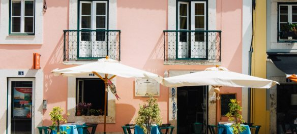 Airbnb Hosts Reluctant to Turn Portugal Rentals into Affordable Housing