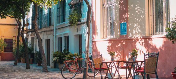Barcelona Welcomes Home Sharing