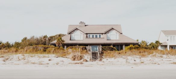 Rise in Vacation Rental Demand Triggers Debate on the Future of Hotels